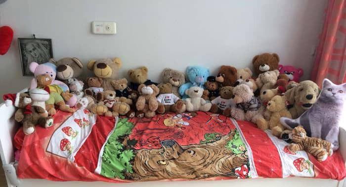 Bed vol beren.