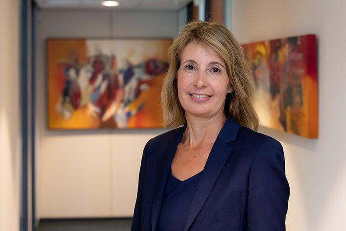 Monique Wassenaar, uitvaartverzorger Van der Putten & Dunweg Uitvaartzorg