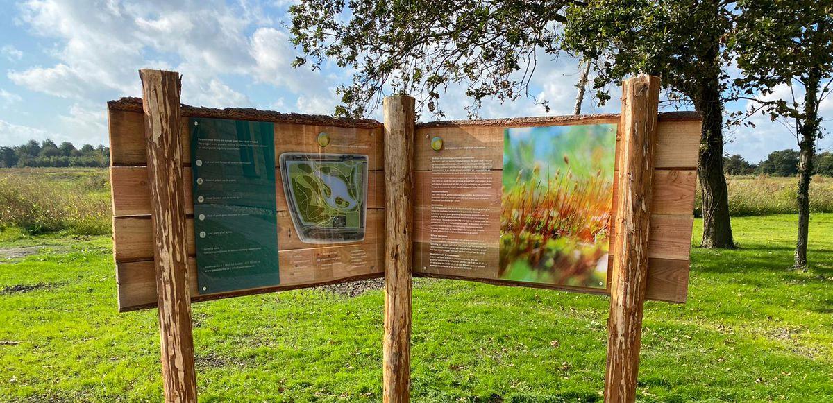 Informatiebord Natuurbegraafplaats Geestmerloo